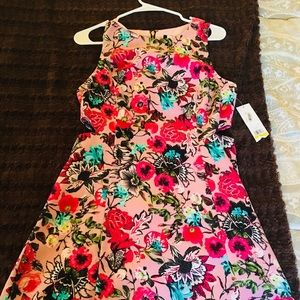 super cute pink and flower cut out dress! M
